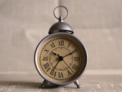 САМОІЗОЛЯЦІЯ ПРАЦІВНИКІВ, ЯКИМ ЗА 60: ЯК ОФОРМИТИ